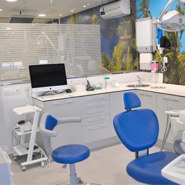 clinica dental dentista dr. gomez de salazar